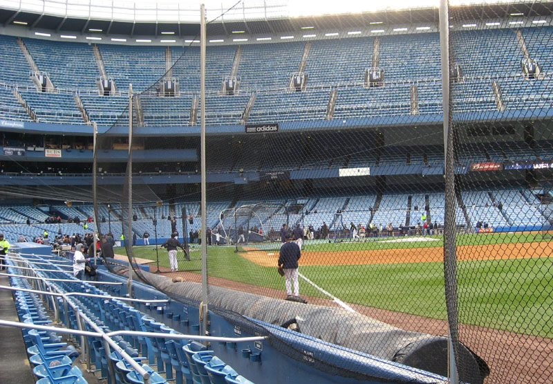 what are club seats at comerica park